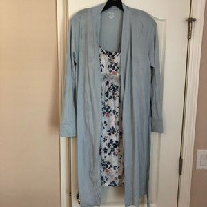 Matching maternity robe and gown
